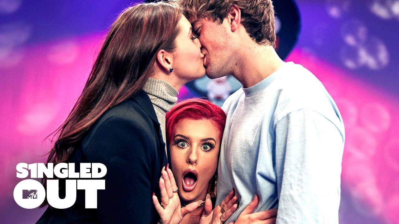 This Unexpected Makeout Sesh Made Everyone's Jaws Drop 😱 | Singled Out | MTV