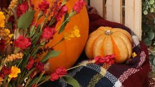 4 Fall Porch Decor Ideas To Make Your Home Stand Out