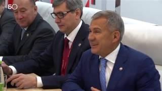 видео: Минниханов – Хабирову: «Слежу за вашими перемещениями, лайкаю»