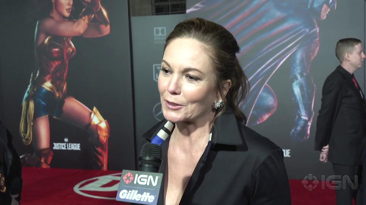 Diane Lane – Justice League Red Carpet Interview