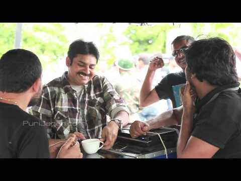 Powerstar's Special Cut - Cameraman Gangatho Rambabu HD