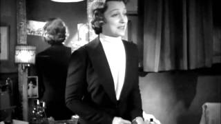 Scene from Mad Love (1935)