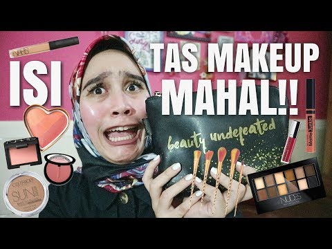 WHAT'S IN MY MAKEUP BAG?? | Ashilla Sikado 2017