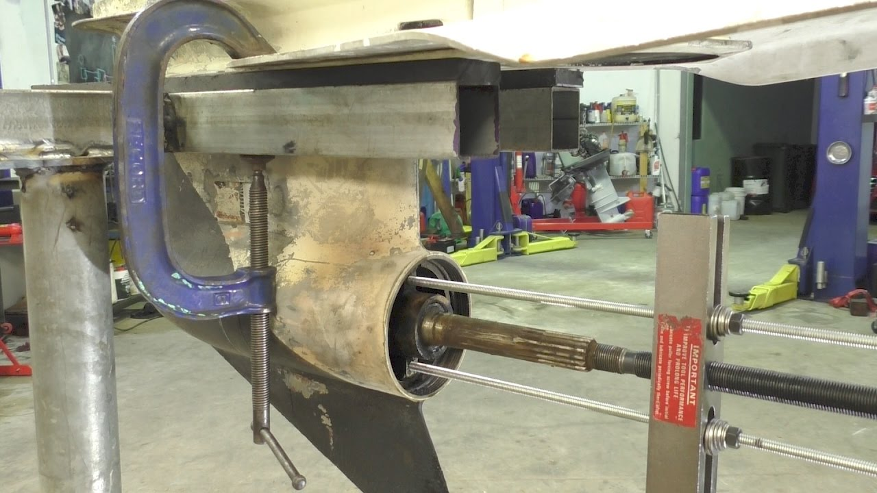 medium resolution of changing the evinrude 150 prop shaft seal