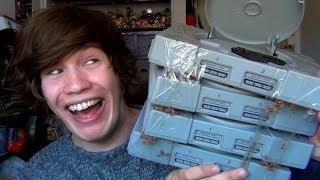 Playstation 4 - (PS4) - RETRO GREY LIMITED EDITION - 20th Aniversary Unboxing