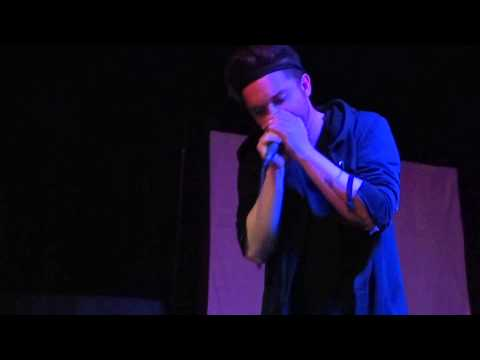 Thomas Dekker karaoke Texas Frightmare Weekend 2014