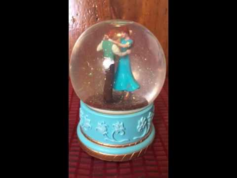 Anya & Dimitri Music Box Water Globe Somg