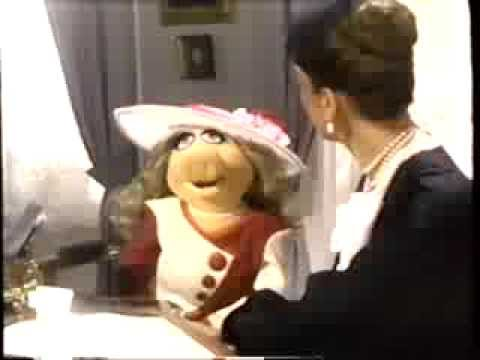 The Great Muppet Caper (1981) Trailer (VHS Capture)