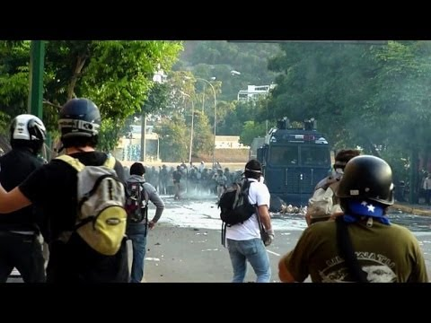 Police disperse opposition protesters in Venezuelan capital