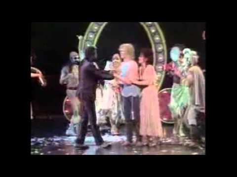 Pippin - Finale with Love Song