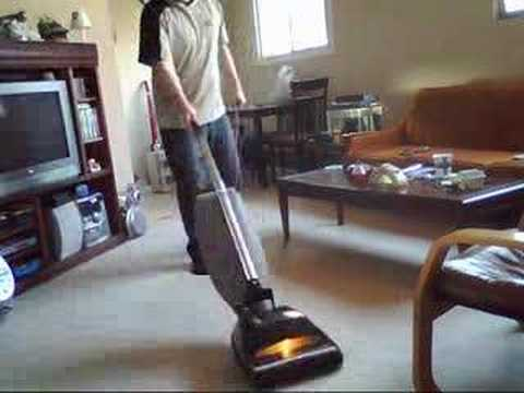 1981 Hoover Heavy Duty Convertible Upright Vacuum Cleaner
