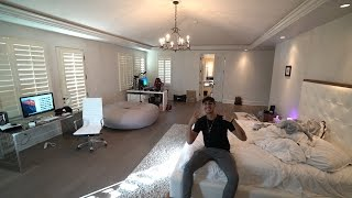 MY NEW ROOM TOUR - MASTER BEDROOM (FAZE HOUSE LA)