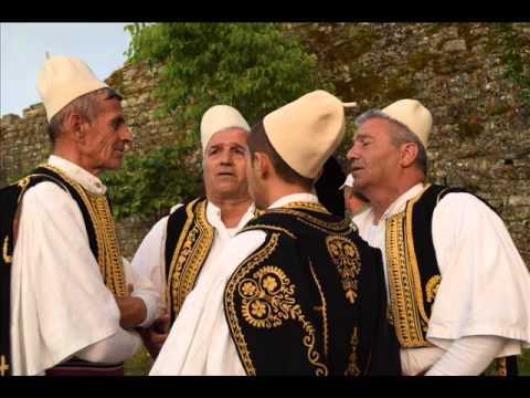 Kush më tregon rrugën - Grupi Argjiro