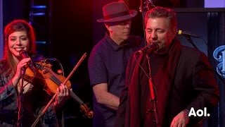 "JD And The Straight Shot Perform Off ""Ballyhoo!"" 