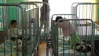 У Коломийській лікарні проживають троє покинутих дітей