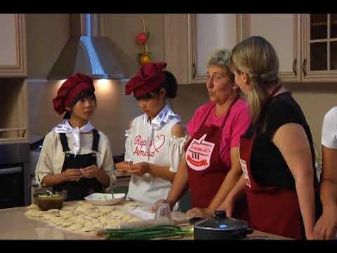 Японские и русские школьники сошлись в кулинарном поединке в шоу «ГастрономЪ»