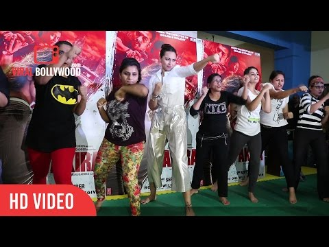 Sonakshi Sinha Self Defence with Girls of Akshay Kumar's Martial Arts Academy