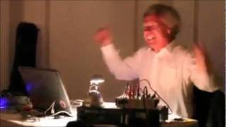 Balochi DJ Going Crazy with Inayat Gul Song