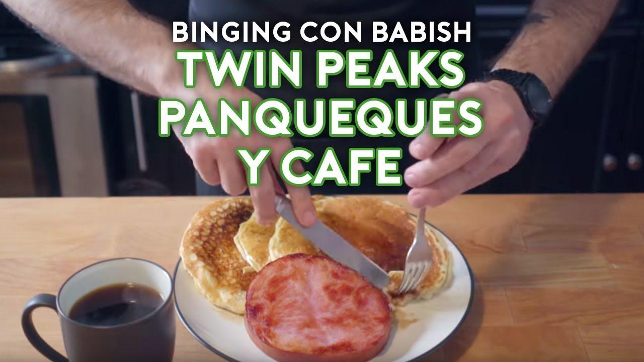 Binging con Babish: Panqueques y Café de Twin Peaks