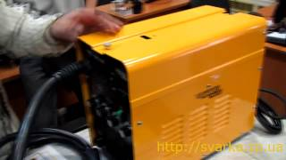 KAISER MIG-295 - инверторный сварочный полуавтомат, обзор, видео(Купить KAISER MIG-295 в http://svarka.zp.ua/poluavtomaty-svarochnye/svarochnyj-poluavtomat-kaiser-mig-295-invertornogo-tipa-detail, Видео обзор ..., 2013-11-05T20:50:29.000Z)