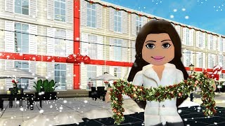 DECORATING AMBERRY HOTEL FOR CHRISTMAS on Bloxburg | Roblox