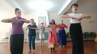 Kathak lesson.. Practice of Hastak (Beginner group)