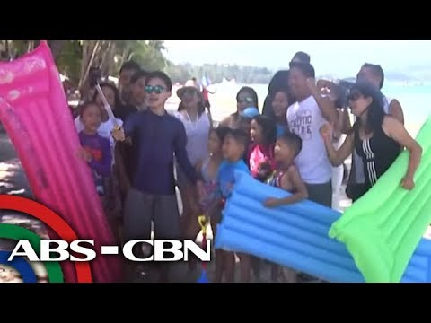 Ilang negosyante sa Boracay, pumaparaan sa pagbebenta ng paninda