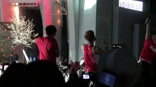 fancam kmf 2010 hollywood bowl 2pm kara kjk haha for victory korean soccer song