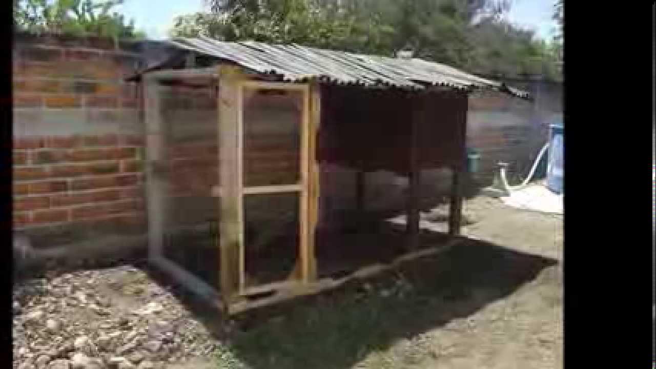 Gallinero con madera reciclada de tarimas colima col for Cosas con madera reciclada