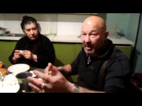 Курды учат есть хаш, Армения The Kurds Are Taught To Eat Hash, Armenia