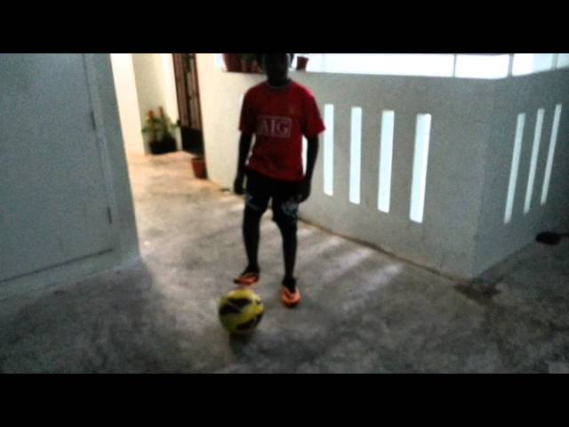 Ronaldinho Flick And Air Elastico (For Beginner) Videos De Viajes