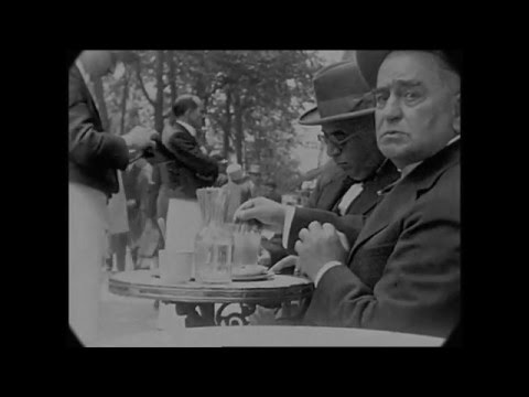1927 - A Trip Through the Streets of Paris (speed corrected w/ added sound)