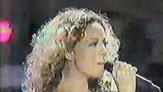 VERY RARE NEVER BEFORE SEEN Footage Mariah Carey Emotions live at Butterfly Tour in Sydney 1998