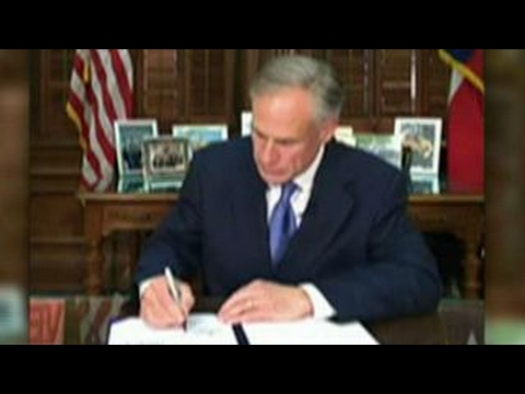 Gov. Abbott signs bill to ban sanctuary cities in Texas
