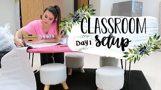 CLASSROOM SETUP 2019 Day 1 - OMG FINALLY! | #clearthelists Teacher Vlogs