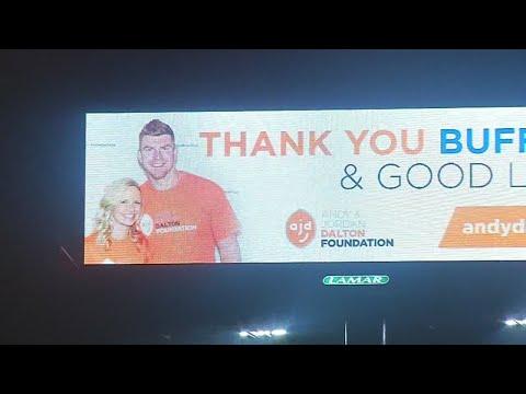 Bengals QB Andy Dalton and wife Jordan thank Bills fans with billboards