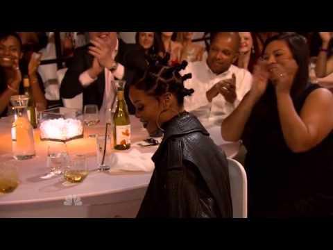 Best Fan Army - Rihanna - iHeartRadio Music Awards 2014
