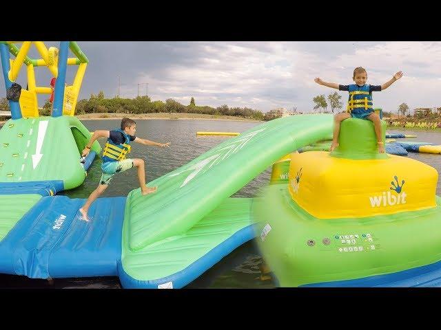 PARC AQUATIQUE GONFLABLE AQUAPARK - Fun Water Park sur la Mer