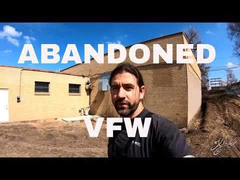 Metal Detecting Abandoned 1950's VFW - Silver Jewelry - Tons of Coin Spills!