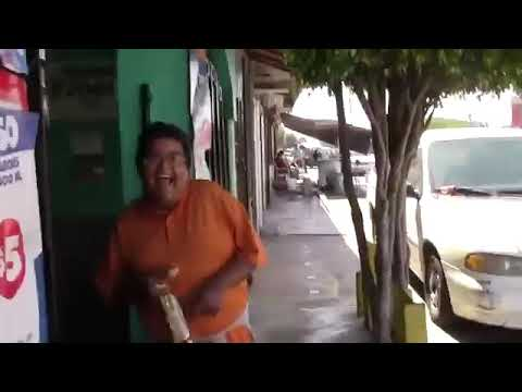 El Rey De Las Rimas Y Su Risa Jajaja Youtube