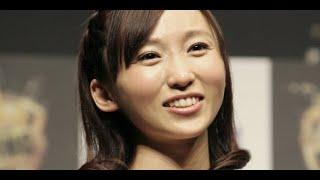 女優の吉木りささんが『いい夫婦の日』に結婚♡ 俳優・和田正人さんと「...