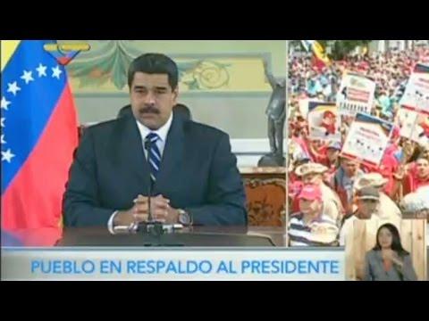 Maduro reitera llamado al diálogo a opositores