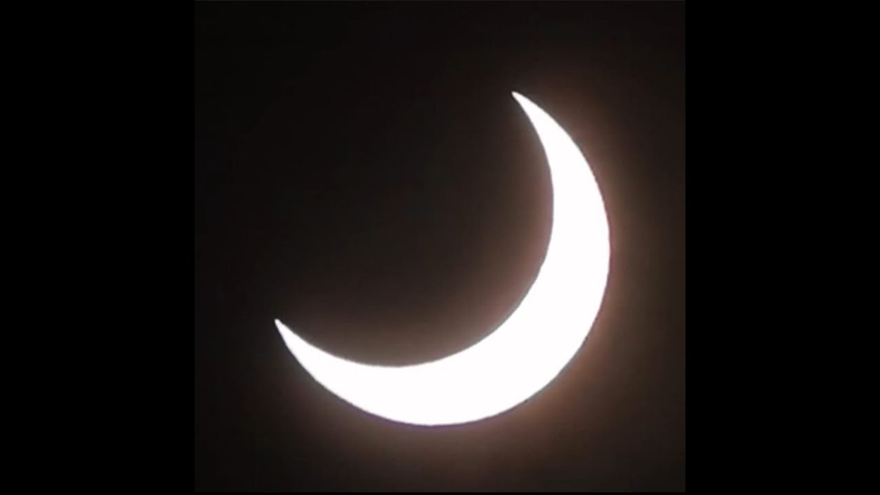 Download The Sunday Night Astronomy Show - Your Eclipse photos and more