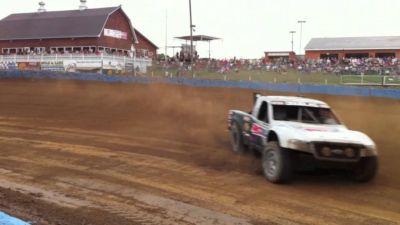 Short Trucks Race Track