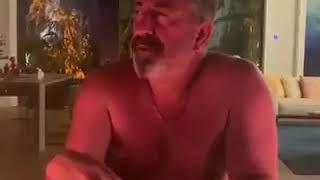 Cem Yılmaz'dan Sansüre Sansürsüz Video !