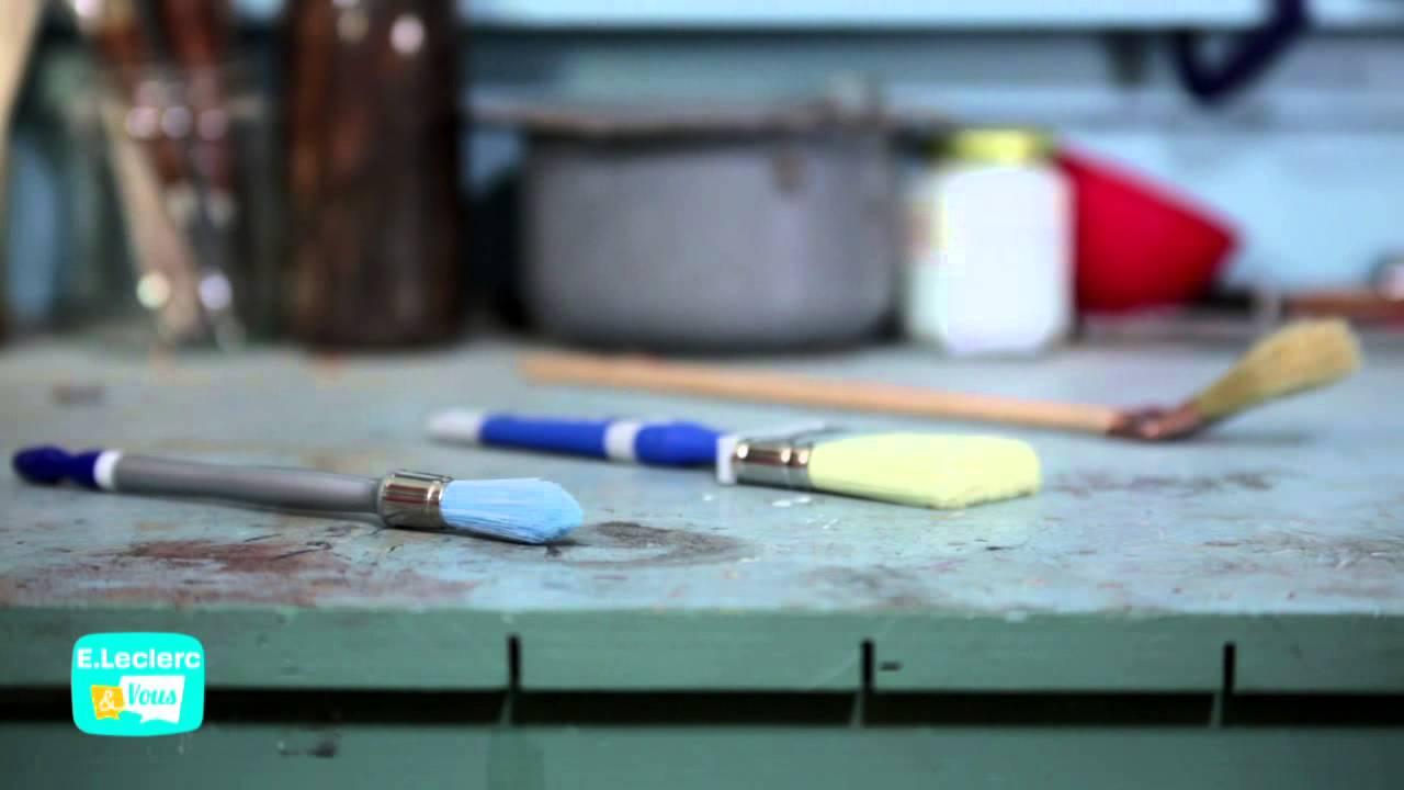 c 39 votre maison le bon mat riel pour peindre youtube. Black Bedroom Furniture Sets. Home Design Ideas