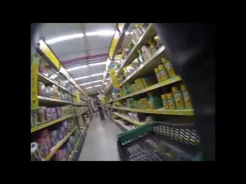 Action chez Brico. Pesticides : Pas dans mon magasin