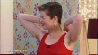 vuclip WOMEN WITH HAIRY ARMPITS.IS IT EVER OKAY NOT TO SHAVE?