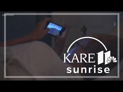 Digital Dive: Sleeping with your smart phone
