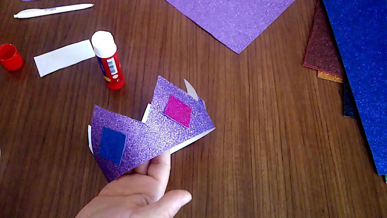 Kagittan Tac Yapimi Renkli Kartondan Kralice Kral Taci Yapmak